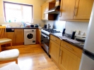 4 bedroom Flat in Parkview Road...