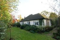 3 bed Detached Bungalow to rent in Burwood Park Road...