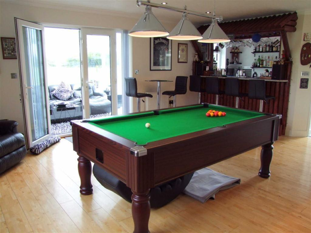 5 Bedroom Detached House For Sale In Flaxlands Flaxlands Wiltshire Sn4 Sn4