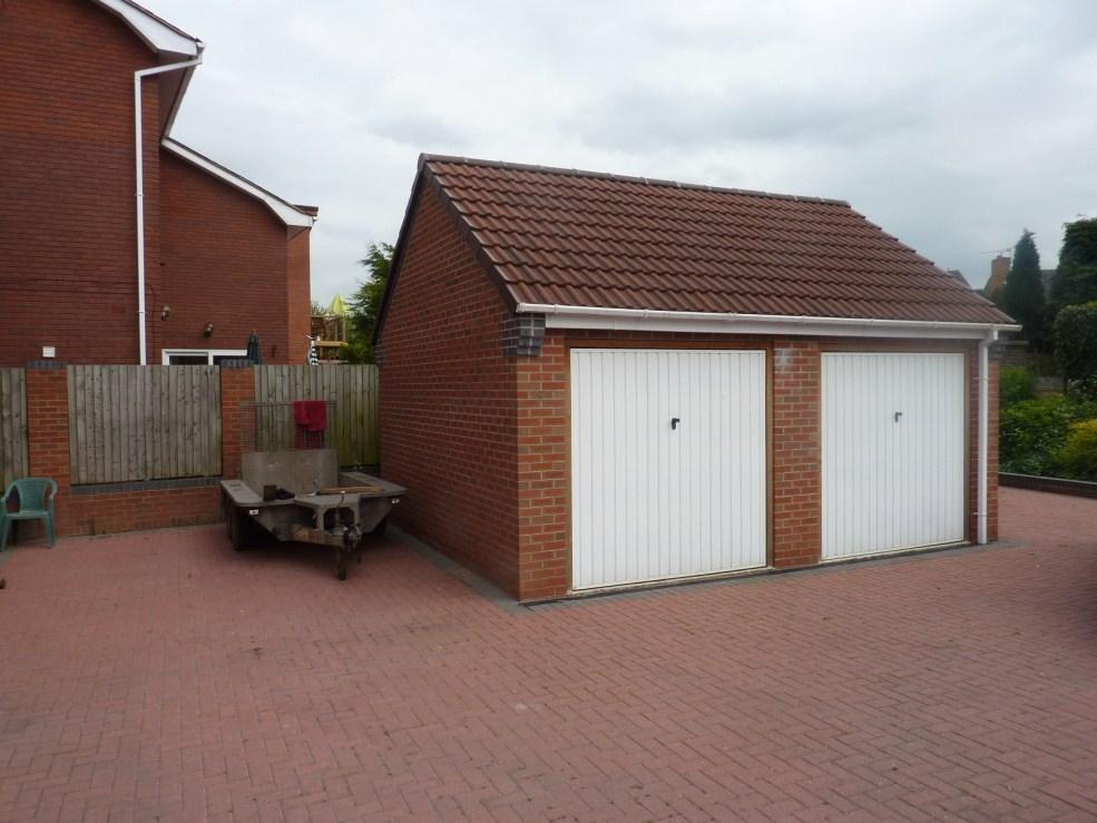 4 bedroom detached house for sale in stevanna haughton for Detached garages for sale