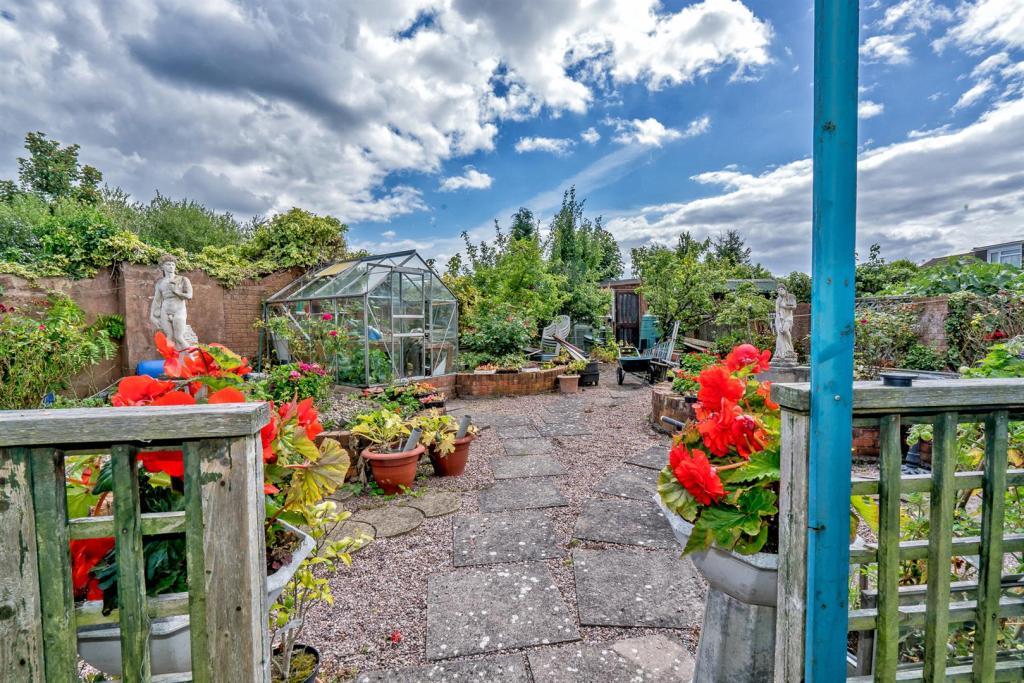 11 Berwyn Grove (50