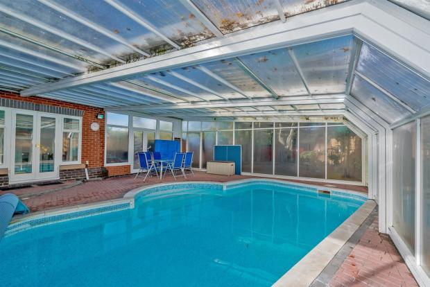 Walace Court (32 of