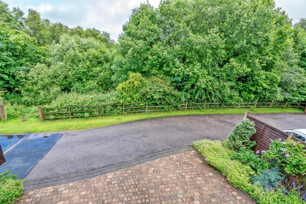 102 Chetwynd park (3