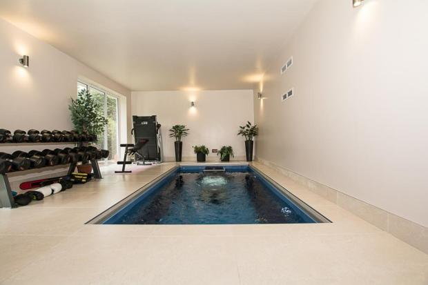 Indoor Swimming Pool/Gymm