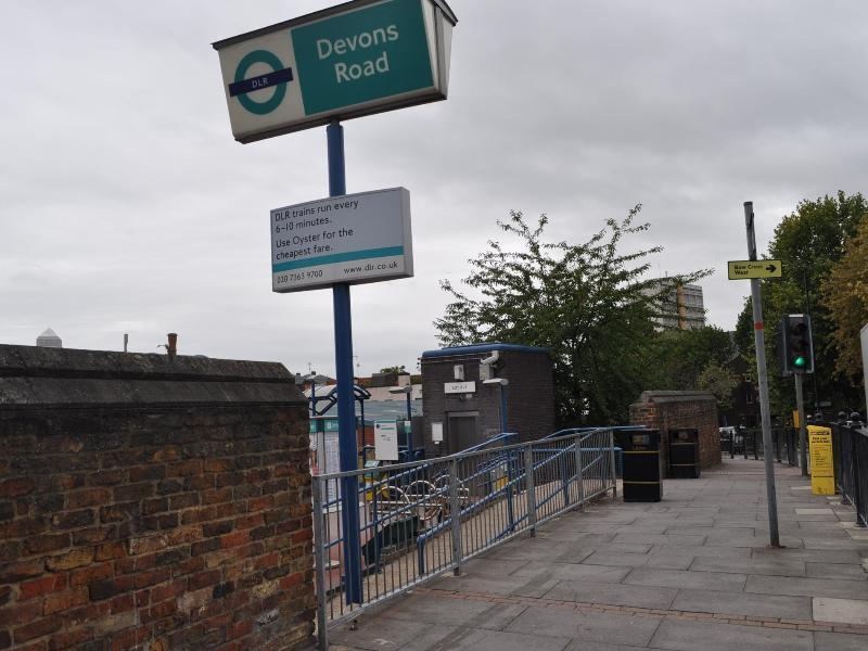 DEVONS ROAD DLR