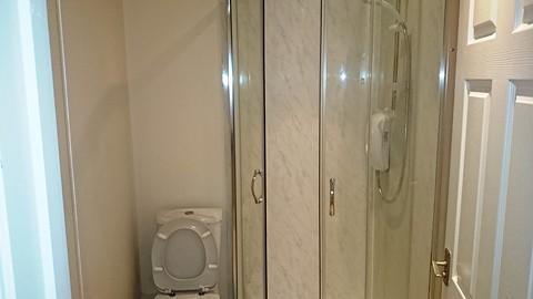 1/2 bathrooms