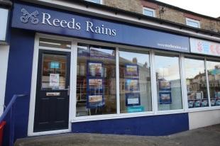 Reeds Rains , Ferryhillbranch details