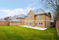 6 bedroom Detached house in Watling Street...