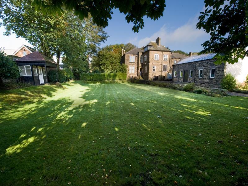 6 Bedroom Detached House For Sale In Oakdene St Andrews