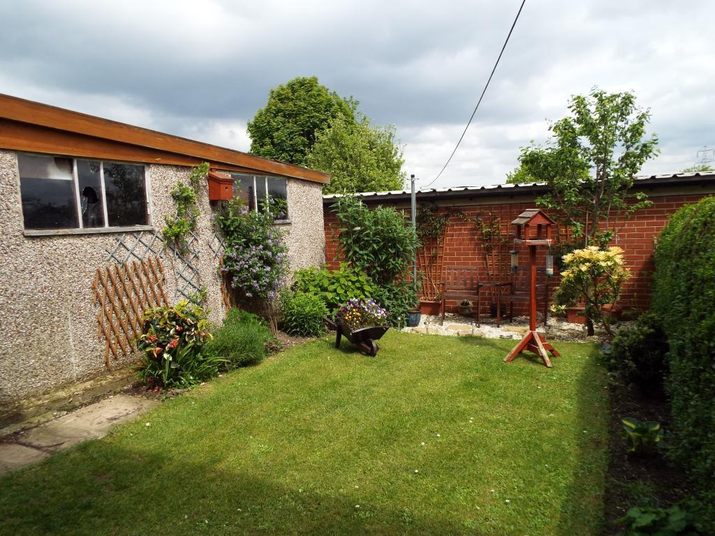 3 Bedroom Semi Detached House For Sale In Daisy Hill