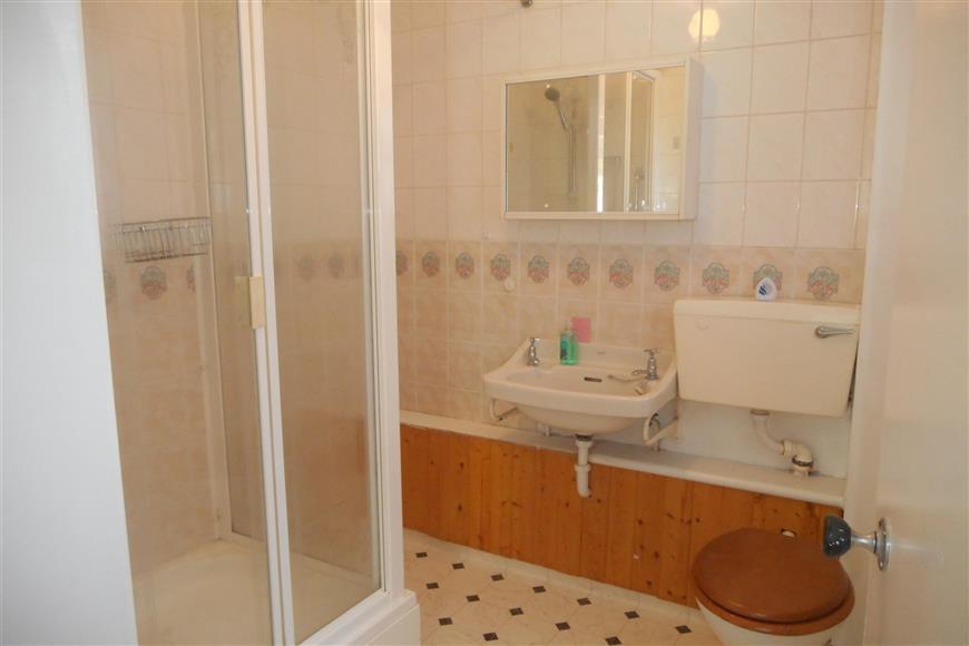 Shower-Room