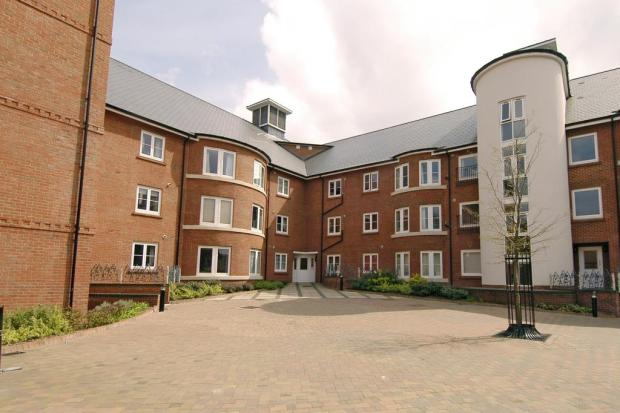 Quakers Court Apartments