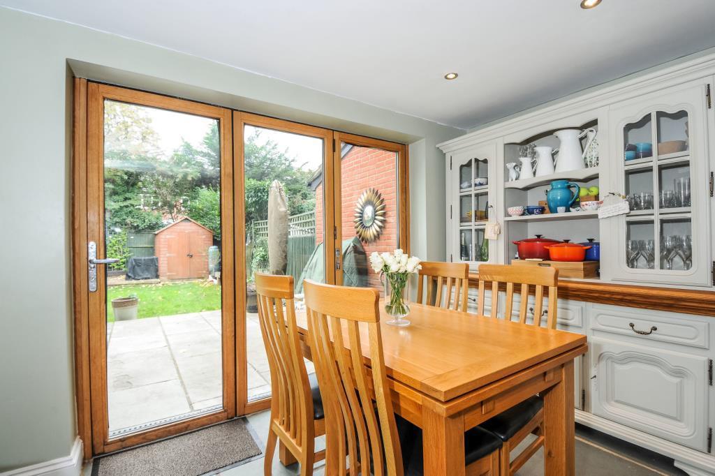 Kitchen/Breakfast Room With Bi-Fold Doors