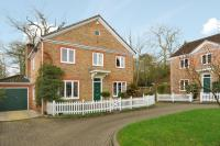 4 bedroom Detached home in Ascot Heath, Berkshire