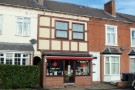 Flat to rent in High Street, Studley, B80