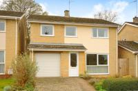 Detached property in Charlbury, Oxfordshire