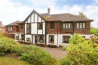 6 bed Detached property in Court Hill, Chipstead...