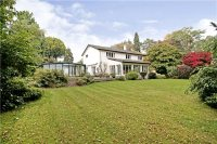 5 bed Detached house in Nursery Road...