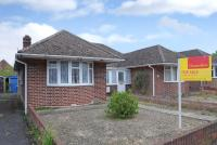 3 bedroom Semi-Detached Bungalow in Hazel Crescent...
