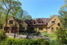 5 bed Detached home in Pale Lane, Winchfield...