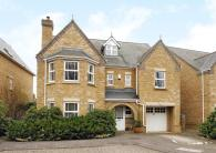 5 bed Detached property for sale in Burgess Mead...