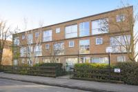 1 bedroom Flat in Eaton Court...