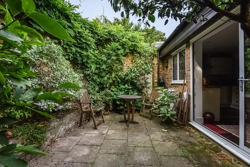 Garden-Patio & Rear of House