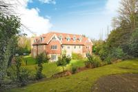 Flat for sale in London Road, Sunningdale...