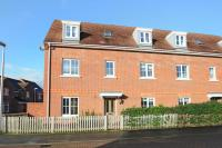 4 bed Town House for sale in Battalion Way, Thatcham