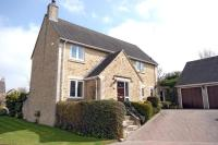 4 bedroom Detached home in Orchard Rise, Burford