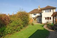 4 bed semi detached home in Banbury Road, Woodstock
