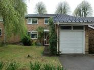 4 bedroom Detached property to rent in York Close, Amersham