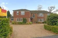 4 bedroom Detached house to rent in Llanvair Drive...