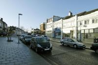 Apartment to rent in Chiltern Drive, Surbiton