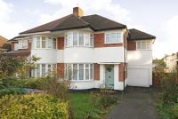 4 bed semi detached home in Stanmore, Vernon Drive