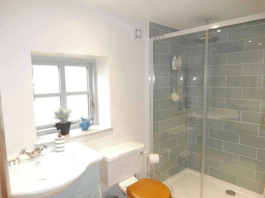 Bathroom - walk in shower