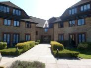 Flat to rent in Heydon Court...
