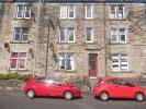 Flat to rent in Calder Street...