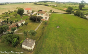 Detached Villa in Roumagne, France