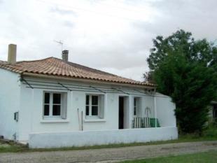 property for sale in Eymet, France