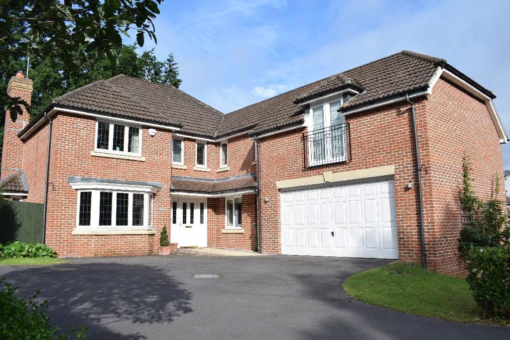 5 bedroom detached house for sale in rosyth gardens newbury rg14