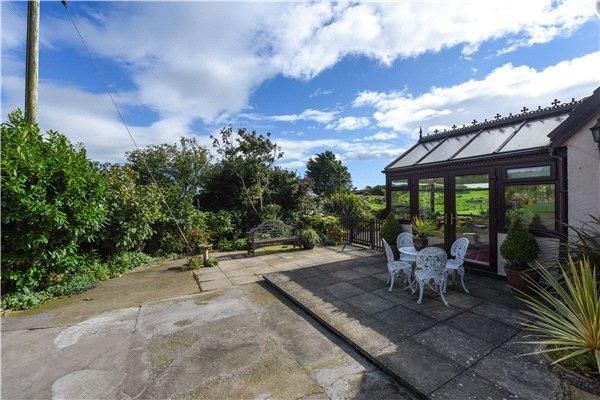 Sun Lounge & Garden