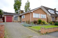 Detached Bungalow for sale in Hennals Avenue, Webheath...