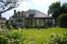 5 bed Detached Bungalow for sale in Hammondstreet Road...