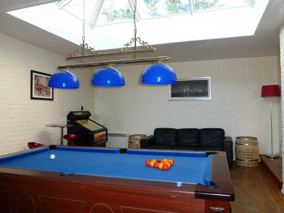 GAMES/FAMILY ROOM:-