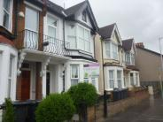 Flat for sale in Bensham Lane, Croydon...