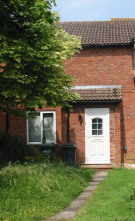 2 bedroom property to rent in Windsor Close...