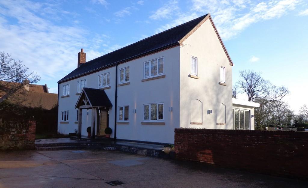 4 bedroom detached house for sale in Elm Farm, Meer End Rd, Meer ...