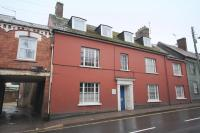 Commercial Property to rent in CREDITON