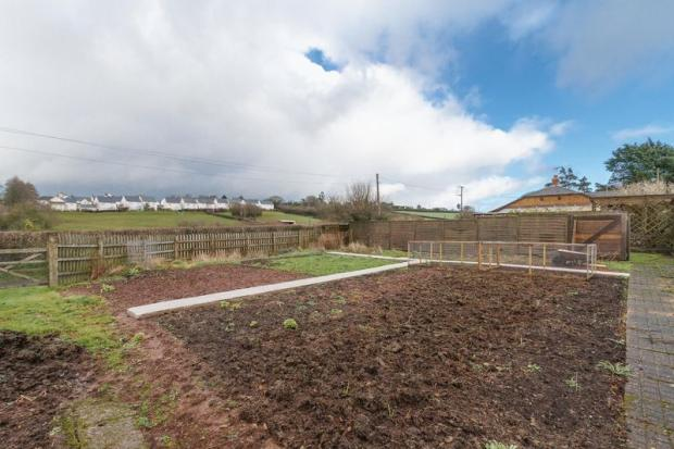 bedroom detached bungalow for sale in North Tawton, EX20